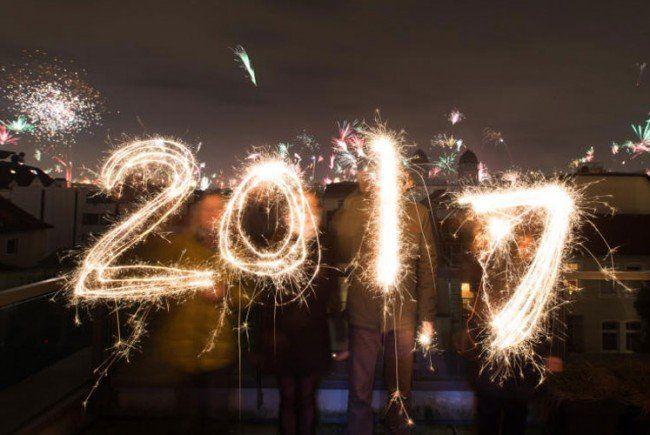 Weltweit wurde das neue Jahr mit großen Feiern begrüßt.