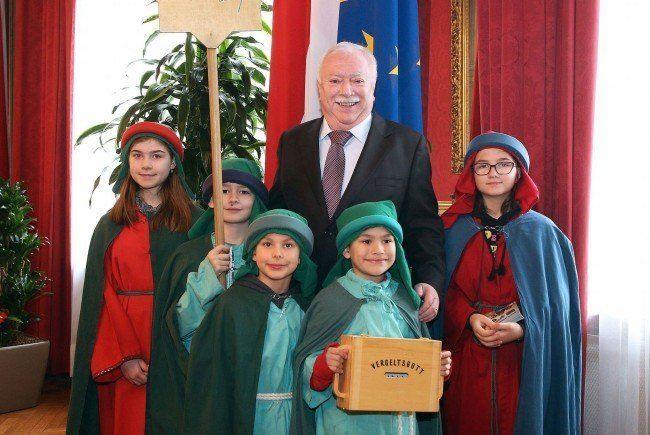 Sternsinger waren zu Besuch bei Bürgermeister Häupl