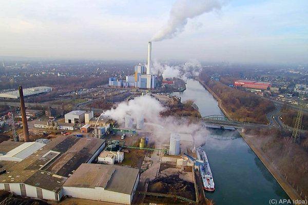 Behörden warnten die Anrainer vor der Schadstoffwolke