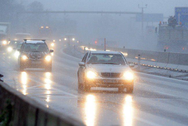 Ein Unfall auf der A22 forderte am Mittwoch mehrere Verletzte.