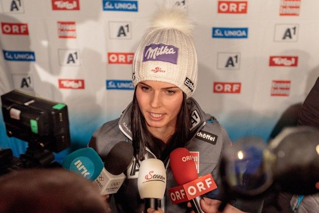 Anna Veith fiel im Damen Super-G aus - sieht es aber positiv.
