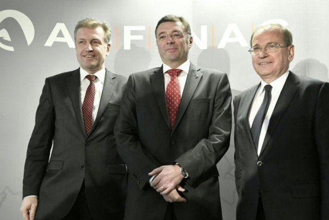 Asfinag-Vorstand Klaus Schierhackl, BM Jörg Leichtfried und Asfinag-Vorstand Alois Schedl.