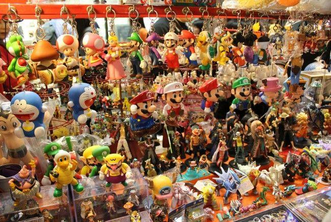 In der Modecenter-Messehalle findet am Sonntag ein großer Flohmarkt statt