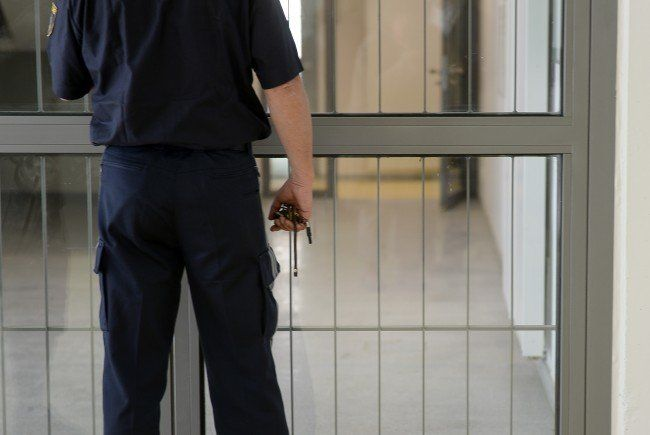 Gegen den Vater des mutmaßlich misshandelten Babys liegt ein Antrag auf U-Haft vor
