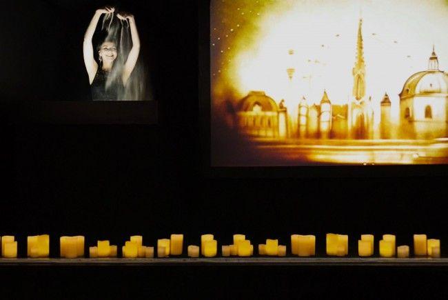 Künstlerin Irina Titova zeigt ihr Können bei der Show in Wien