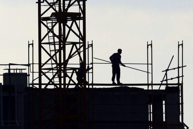 Laut einer Studie geht die Schwarzarbeit in Österreich 2017 weiter zurück
