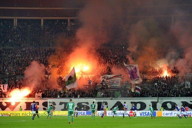 Hohe Strafzahlungen erwarten die beiden am Wiener Derby beteiligten Vereine