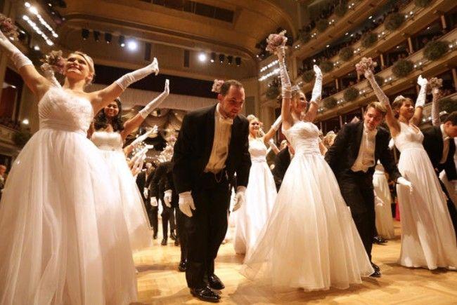 Hoch die Hände! Vieles neu am Wiener Opernball.