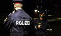 Zwei Dealer am Wiener Schwedenplatz beobachtet
