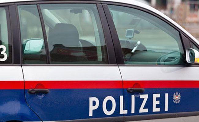 Die beiden mutmaßlichen Räuber wurden festgenommen.