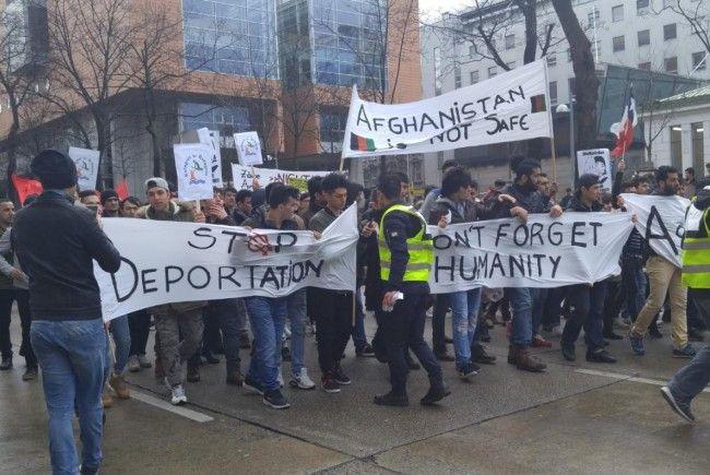 Bei der Großdemonstration gegen Rassismus in Wien