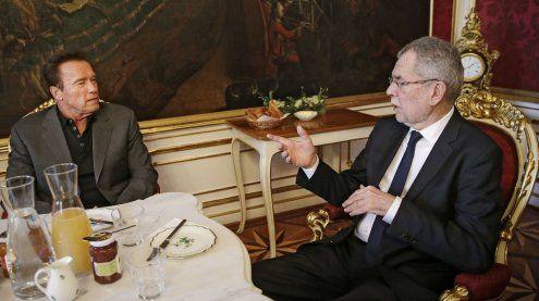 Van der Bellen empfing Arnold Schwarzenegger in der Hofburg