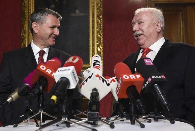 SPÖ-Landesparteisekretär Georg Niedermühlbichler und Bürgermeister Michael Häupl.