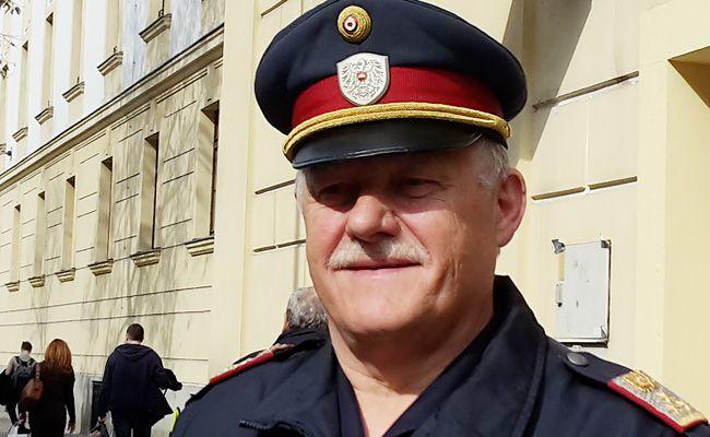 Josef Gaschl geht nach 40 Jahren bei der Polizei in Pension.