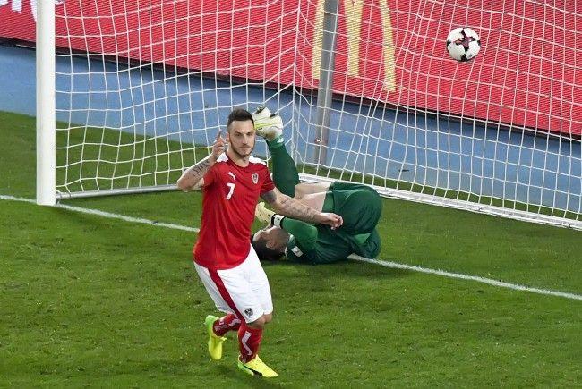 Marko Arnautović und Co. freuen sich über drei Punkte gegen Moldawien.