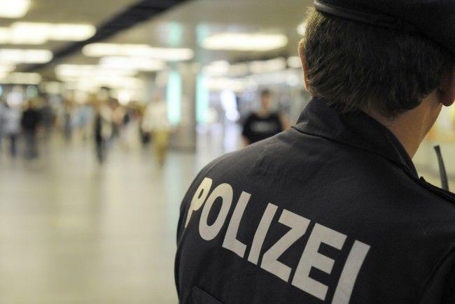 Zwei mutmaßliche Dealer wurden bei einer U6-Station verhaftet
