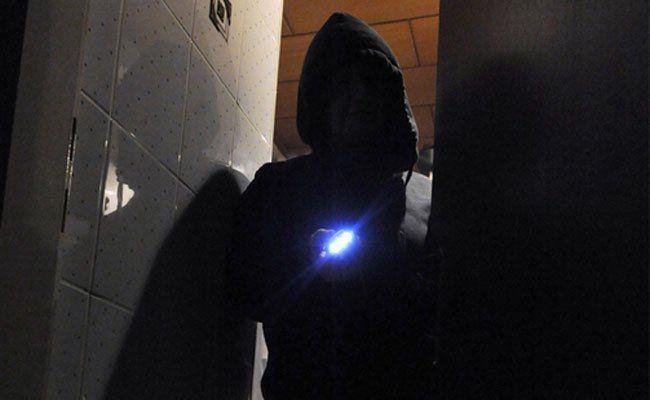 Ein Einbrecher wurde in Mariahilf vom Besitzer des betroffenen Lokals erwischt