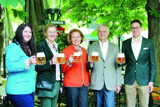 Schweizerhaus Startet Mit Zweitägigem Fest In Die Saison