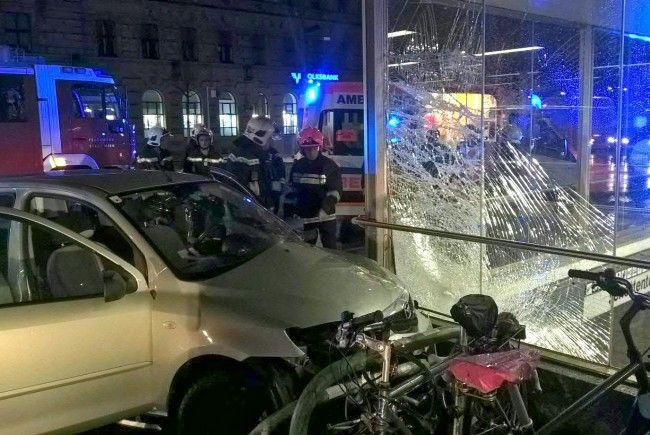 Eine 18-Jährige war ohne Führerschein und betrunken unterwegs
