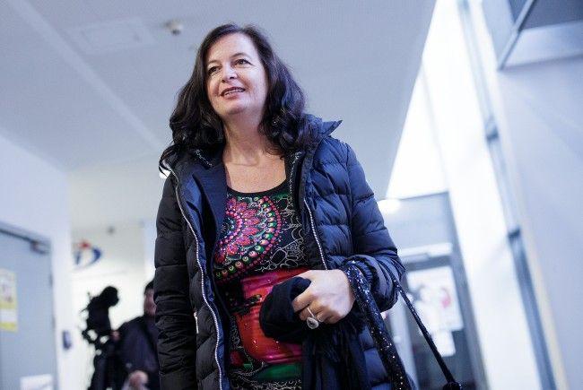 Stadträtin Sima stellt ein neues Projekt für die Wiener Öffis vor