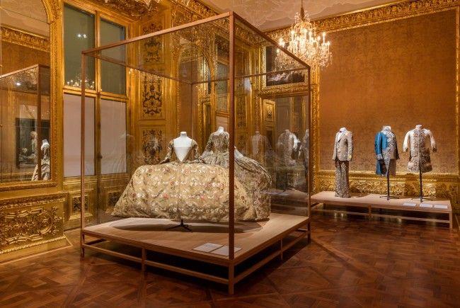 """""""Vulgär? Fashion Redefined"""", von 3. März bis 25. Juni, Belvedere Winterpalais"""