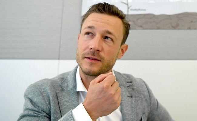 ÖVP-Chef Blümel schätzt, dass 20.000 Gemeindewohnungen leer stehen