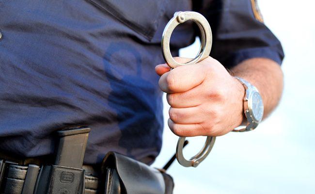 Die drei gesuchten Männer stellten sich selbst der Polizei.