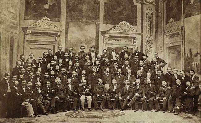 Das erste Orchesterfoto der Wiener Philharmoniker aus dem Jahre 1864.