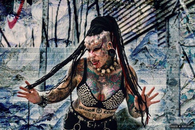 The Mexican Vampire Woman exklusiv auf der Wildystyle & Tattoo Messe.