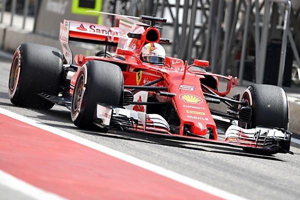 Vettel fuhr im Training allen davon