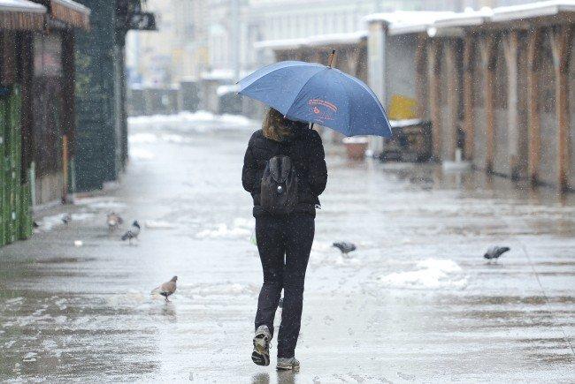 Unbeständiges Aprilwetter bringt Regen am Wochenende.