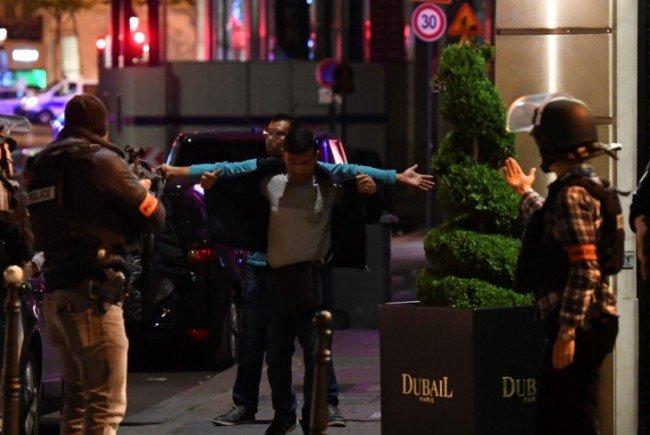 Tödliche Schießerei in Paris – Polizei spricht von Terror