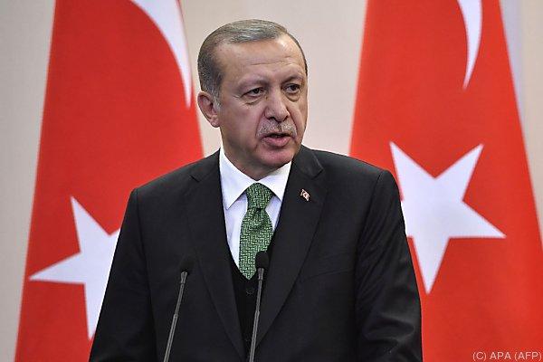 Erdogan trifft EU-Ratspräsident Tusk und Kommissionschef Juncker
