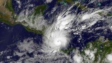 Meteorologen rechnen mit vielen Wirbelstürmen