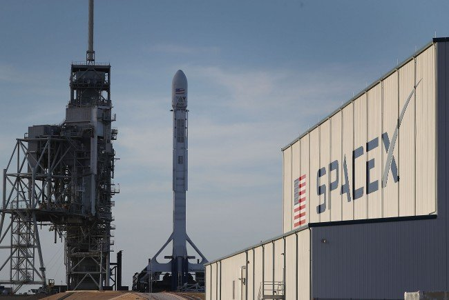 SpaceX will 2020 mit der Mars-Mission beginnen.