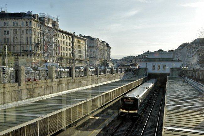 Bei den Wiener Linien muss man für die Benützung der öffentlichen Toiletten in Zukunft zahlen.