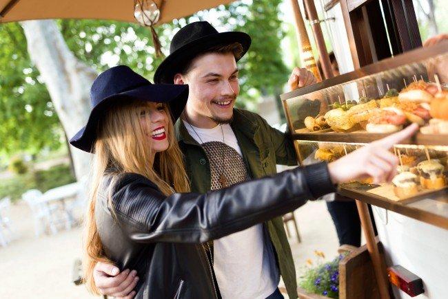 Das Food Festival lädt zu Kunst und Kulinarik vor dem MQ in Wien