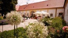 Frühlingsgartentage auf Schloss Hof laden ein