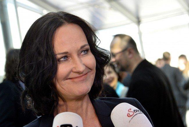 Grünen-Chefin Glawischnig betont Freiheit bei Bekleidung