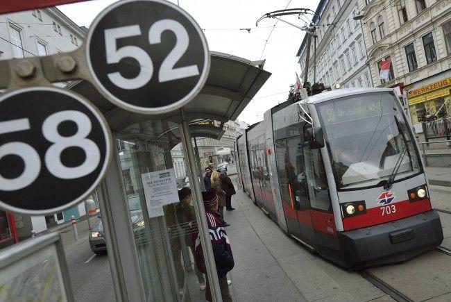 In einer Straßenbahn der Linie 52 kam es zu einem Zwischenfall