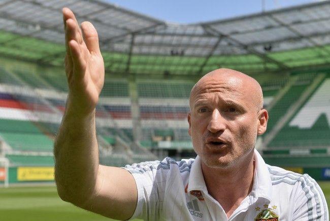 Rapid-Trainer Goran Djuricin ist für die kommende Saison optimistisch.
