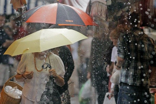 Sommerliche Temperaturen und Regenschauer prägen die kommende Woche