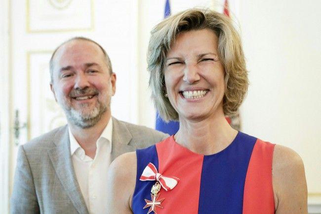 Thomas Drozda und Desirée Treichl-Stürgkh bei der Verleihung der Auszeichnung