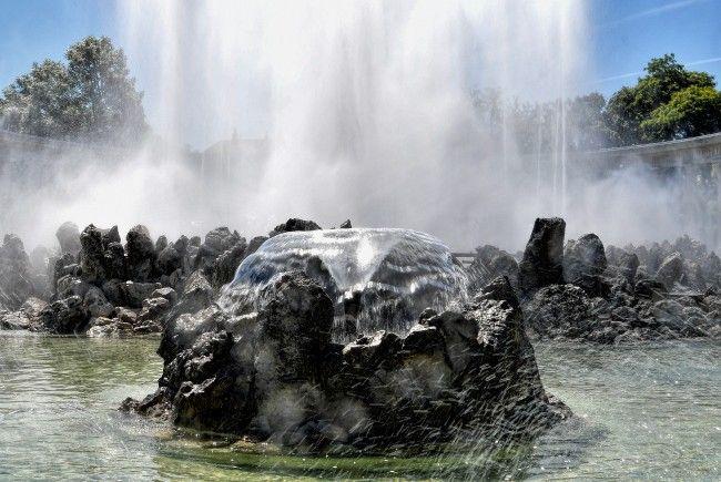 So klar war das Wasser des Hochstrahlbrunnens Donnerstagfrüh nicht.