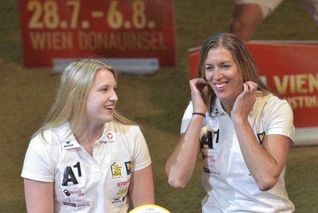 Katharina Schützenhöfer und Stefanie Schwaiger schlagen in Baden auf.