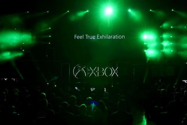 Die neue Xbox One X soll der PS4 den Rang ablaufen.