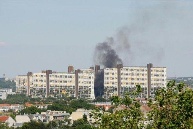 Rauchsäule im Wohnpark Alt Erlaa.