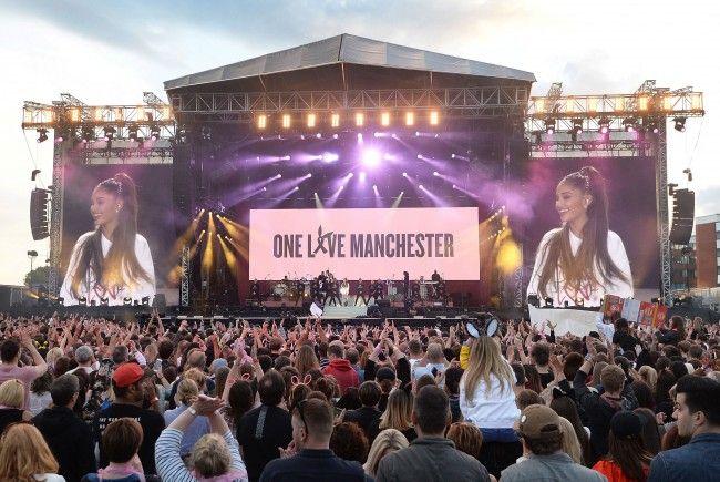 Tausende Fans waren beim Benefizkonzert vor Ort.