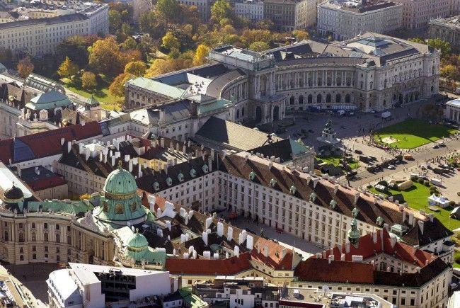 Eine Ausstellung lockt in die Hofburg