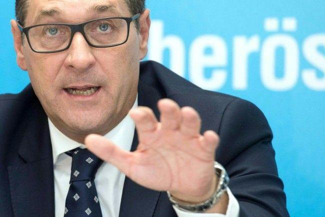 HC Strache meldet sich zum Thema Flüchtlingsströme zu Wort
